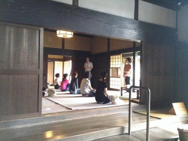 event_160624-yoga (1)